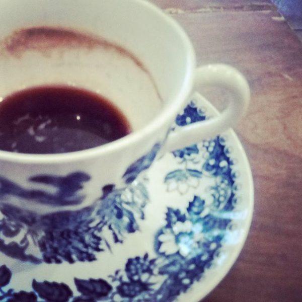 #schwarzesgold #kaffee #coffee #kaffeebohne #cup #cupofcoffee #morning #morgencafe #tratschundklatsch #tratschen #mädlsmorgen #gutenmorgen #goodmorning ...