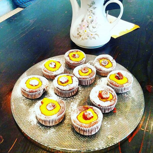 #vegan #muffins #mango #bregenz #vorarlberg #lieblingscafe #spring #cake