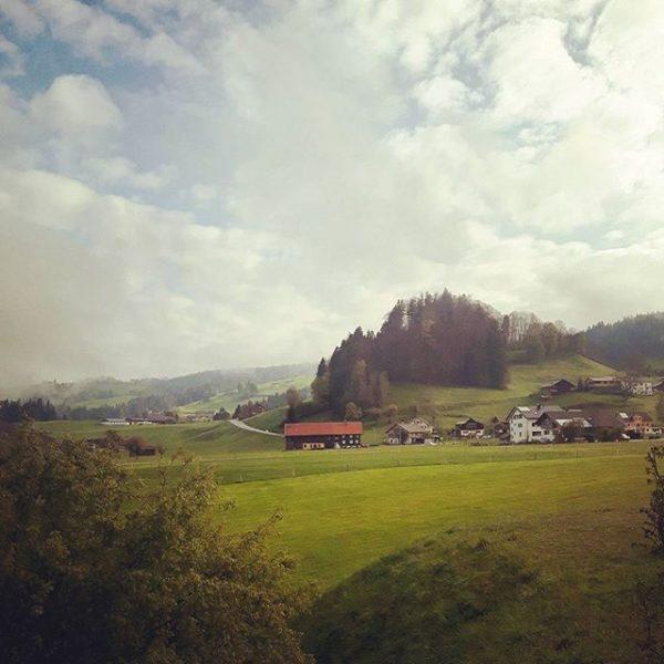 Man sollte viel öfter über's Wochenende wegfahren... #holiday #shortholiday #bregenzerwald #longweekend #österreich #tripwithbestie ...