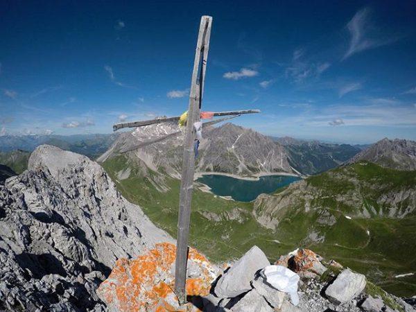 Aufi gehts #parduz #heidbühel #prättigauerhöhenweg #schweizertor #verajoch #kirchlispitzen #lünersee #gafalljoch #colrosahütte #parduz #geilgsi ...