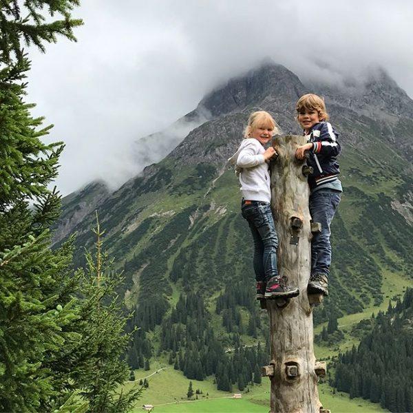 Alweer zo'n leuke wandeling voor gezinnen; een korte dit keer! In Lech vind ...