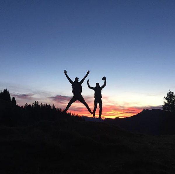Sonnenaufgang auf der Gamp! #nofilter #loverunning #familytime #maloja #trailrunning #triathlonmattigtal #timetoplay #goodmorningworld #onrunning ...