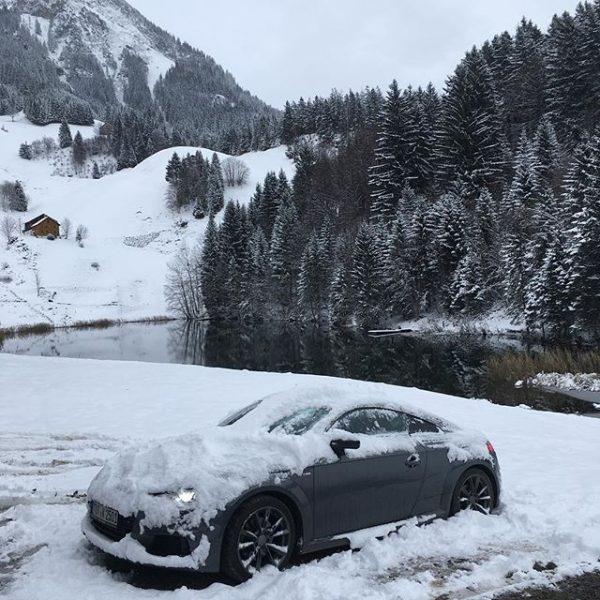 #nofilter #snow #lake #smallhibernation Seewaldsee
