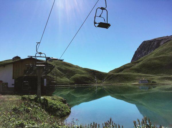 Kaum zu glauben, dass sich unter der Madlochbahn ein natürlicher Bergsee befindet 😊 ...