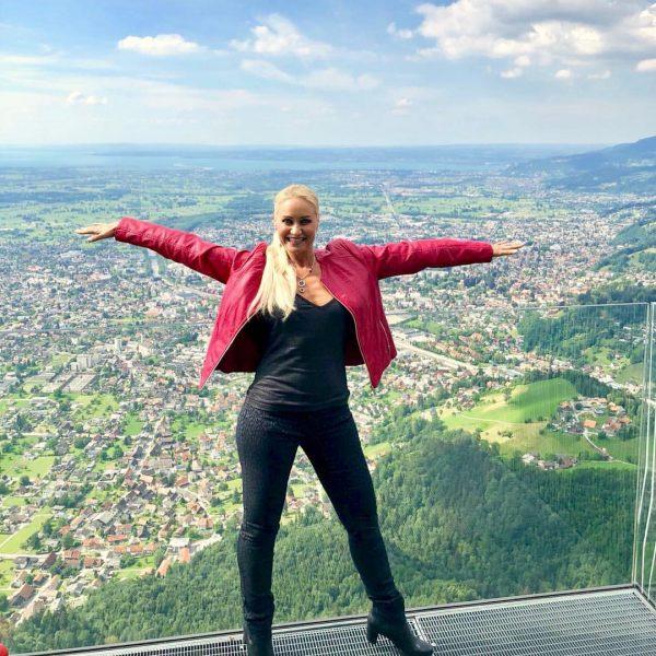 #EvaZellhofer #viewingplatform #karren #dornbirn #vorarlberg #austria #karrenkante #aussichtsplattform #visitDornbirn #visitVorarlberg #meinVorarlberg #myVorarlberg #worldwidemodel ...