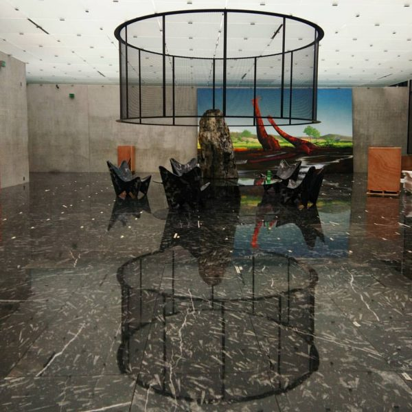 Adrián Villar Rojas, presented 'The Theater of Disappearance', one of the most impressive ...