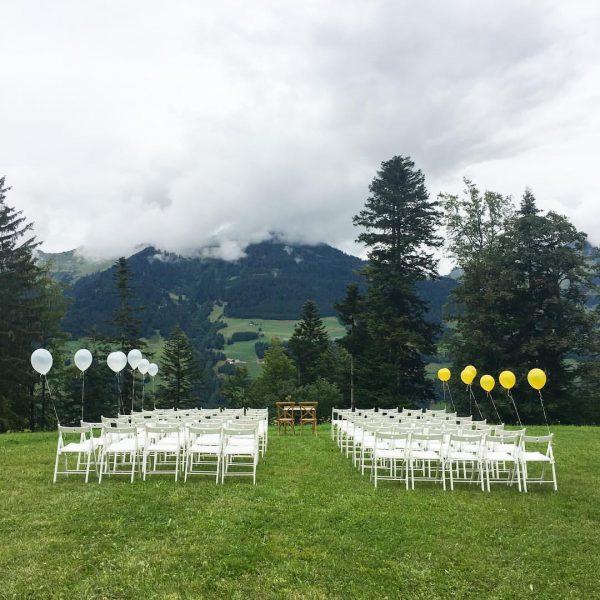Great Place to work 🙌🏻 #heiratenimnirgendwo #zelthochzeit #wiesenhochzeit #outdoorwedding #loveourjob #wasfür1life #hochzeit #vorarlberg ...