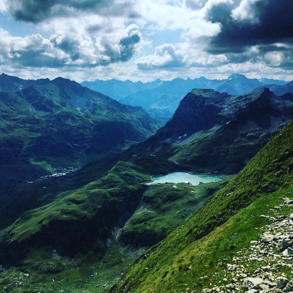 #view#2560m#topoflech#zürsersee#hausberg#omeshorn#hikingadventures👣