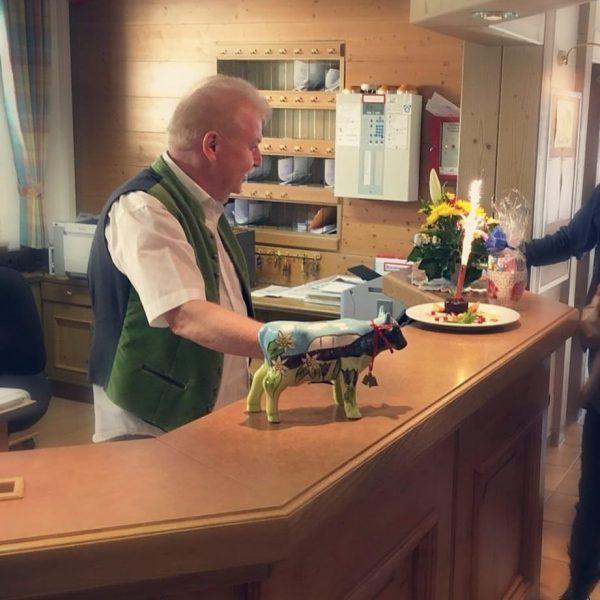 Happy Birthday Chefe! #happy #birthday #chef #mit66jahrendafängtdaslebenan #suitehotel #kleinwalsertal #hirschegg #vorarlberg #austria #geburtstag