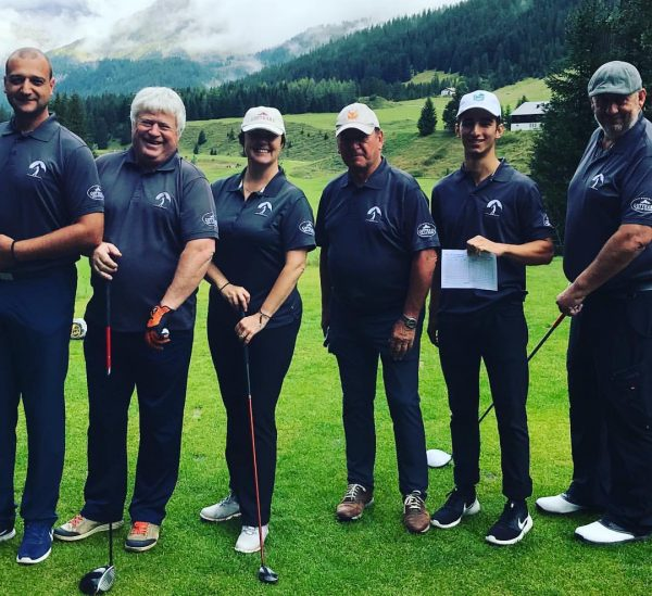 #teamgotthard 18 holes in beautiful surroundings with fun people. A quick photo before ...