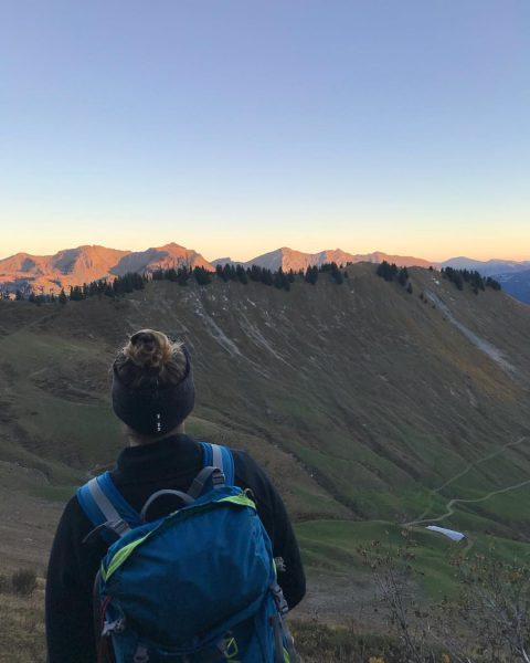 Throwback to this beautiful sunrise 🏔☀️ #ortovox #myortovoxstory #romempix #wildchildcommunity #austrianwildchild #meinmontafon #zafernhorn ...