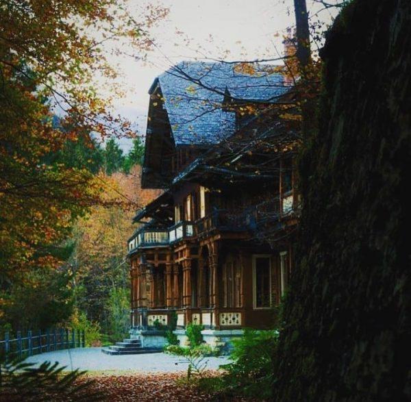 Villa Maund 📸 by @villamaund #visitbregenzerwald #bregenzerwald #villamaund #vorarlberg #clouds #schoppernau #hopfreben #mountains ...