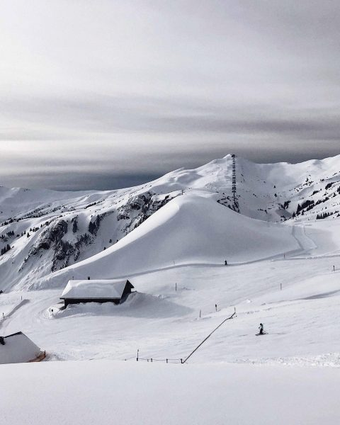 There's nothing quite like skiing amidst the majestic, snow-covered Vorarlberg Alps. This is ...