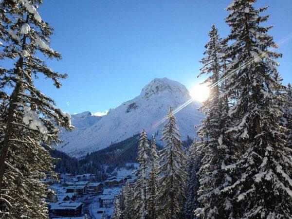 Heute nochmal blauer Himmel, Sonne satt und traumhafte Pisten ❄☀ Skis on and ...