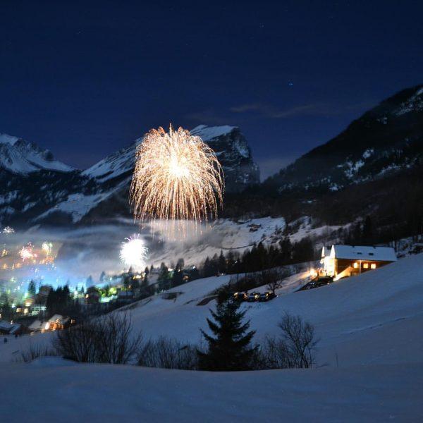 Auf ein gutes, spannendes, aufregendes und erfolgreiches neues Jahr mit vielen neuen Eindrücken und Begegnungen! 🍀💫🥂 •...
