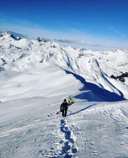 Thanks for that view!🙌🏽🏔 📸by: @christophschernthaner #sportalp #lech #snow #powder #alps