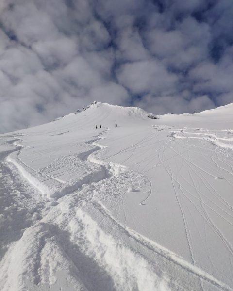 Stay active!⛄️ #sportalp #snow #alps #powder