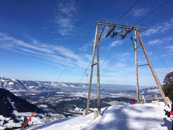 Skifahren . . . #ski #skifahren #bazora #vorarlberg #skiing #touren #skitour #outdoor #mountains ...