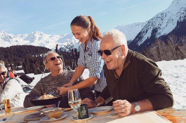 Nach einem feinen Skitag ⛷gibts einen leckeren Kaiserschmarren für die Wintersportler am @kristbergbahn_montafon ...