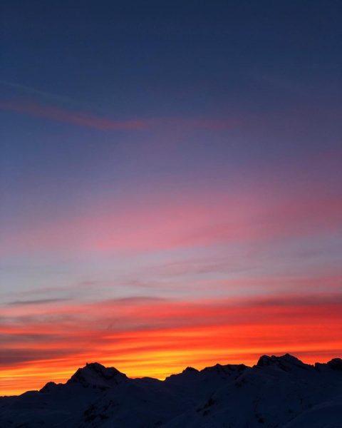 Living the best life in Lech😍🌞 . . . . #sportalp #lech #arlberg #winter #ski #sport #snowboarding...