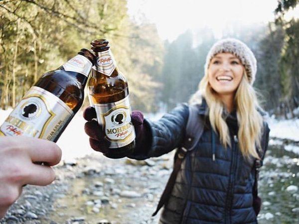 Sliding into the weekend like a BOSS! 🔥🔥#wochenende #pfiff #bier #beer #biermitmir #vorarlberg #dasvorarlbergerbier Thx to @morganhodgson_...