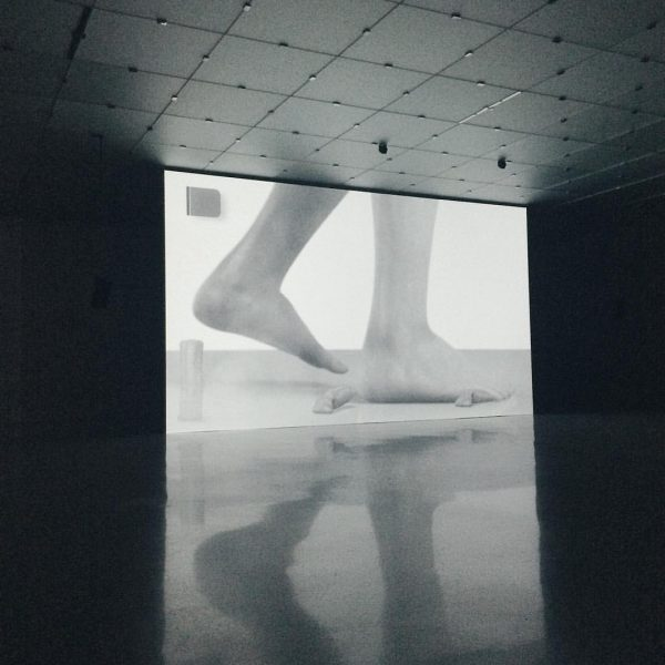 digital performance. . . @kunsthausbregenz #edatkins #cgi #contemporaryart #postinternetart #postdigital #reflection #exhibition #kunsthausbregenz ...
