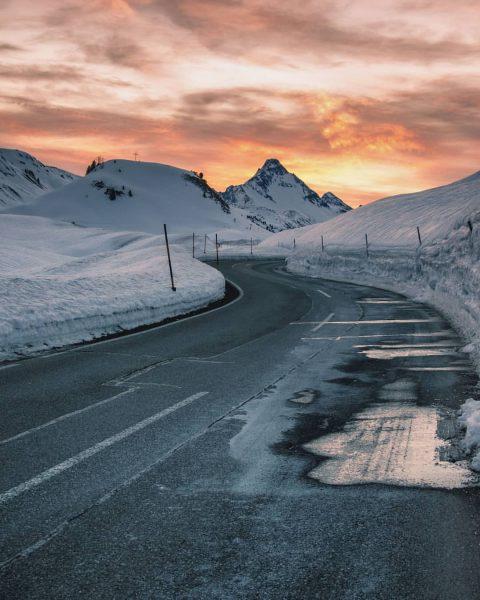 Road to heaven 🏔️ ☀️ . . . #biberkopf #hochkrumbach #warth #schroecken #salober ...