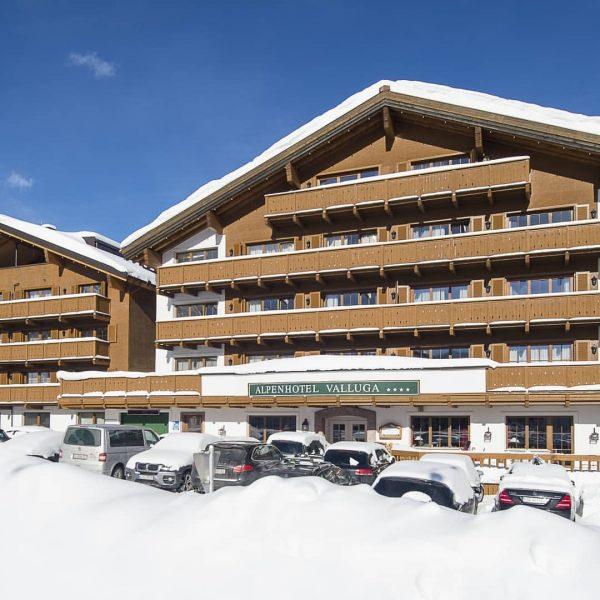 3 Tages Ski Pauschale 🎉 . . Genießen Sie 3 Tage Skiurlaub inkl. unserer Valluga verwöhn Halbpension...