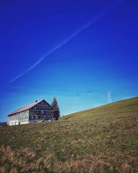 #ruralscape 2 #bregenzerwald #langenegg #pasture #weideland #weide #wiese #waldundwiese #natur #naturwanderung #naturfotografie #bauernhaus ...