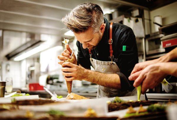 Chefs Roulette, Vitus Winkler rockt unsere Küche mit dem Mangoldteam. Wer war dabei? #restaurantmangold #vorarlberg #bodensee #lochau...
