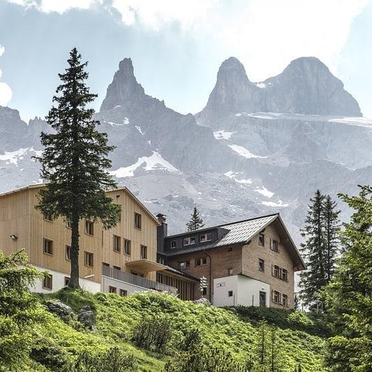 Montafoner Hütten #1 Heute stellen wir Dir eine der beliebtesten Hütten im Montafon ...