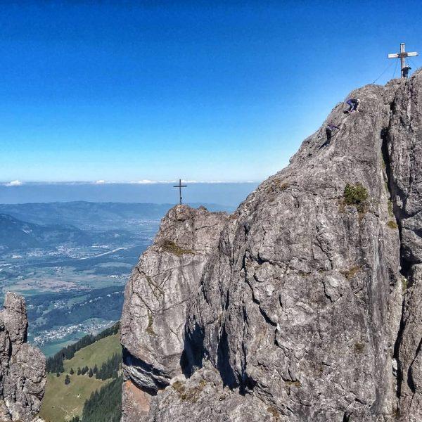 I can't believe I've never been to #Liechtenstein before #socloseyetsofar #dreischwestern #hiking #outdoorshizzle ...