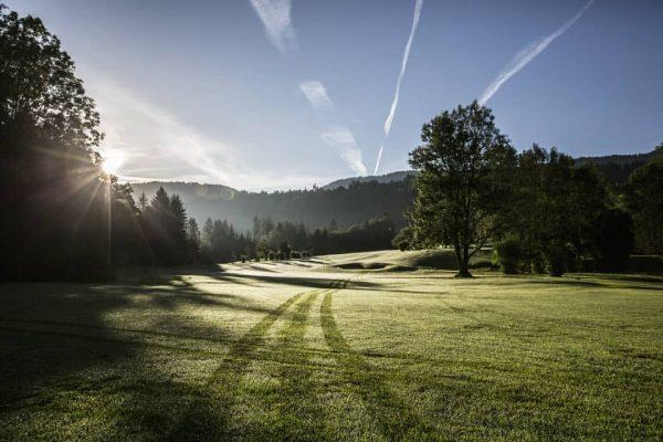 Saisonstart 🏌️♂️⛳ Ab heute ist unser Golfplatz geöffnet. Wir freuen uns auf euren Besuch und auf viele...