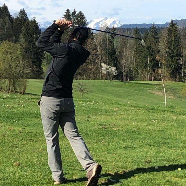 GolfClub Riefensberg Driving Range. Mit dem schönen Säntis im Hintergrund. Golfpark Bregenzerwald
