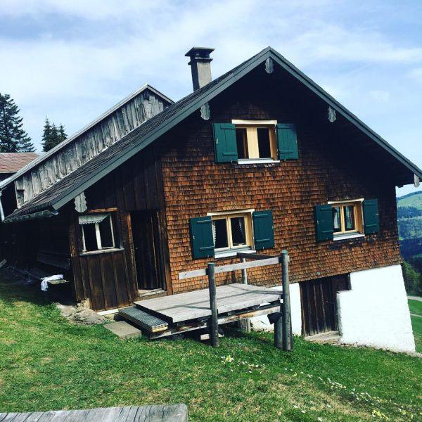 Schön war's #hütte #alberschwende #bregenzerwald #brüggelekopf #österreich #diabetestype1 #kindheitmitdiabetes #hüttenurlaub #ostern Alberschwende