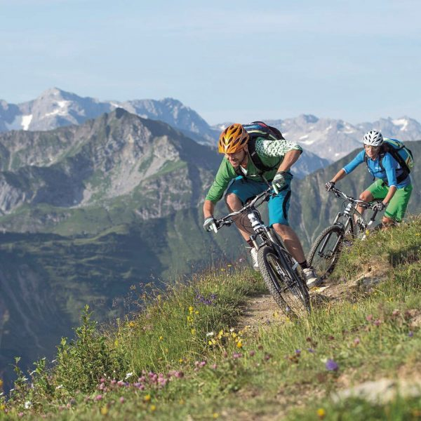 Life is a beautiful ride – Enjoy it in Kleinwalsertal 😉🚴🏼♂️ #mountainbike #mbt ...