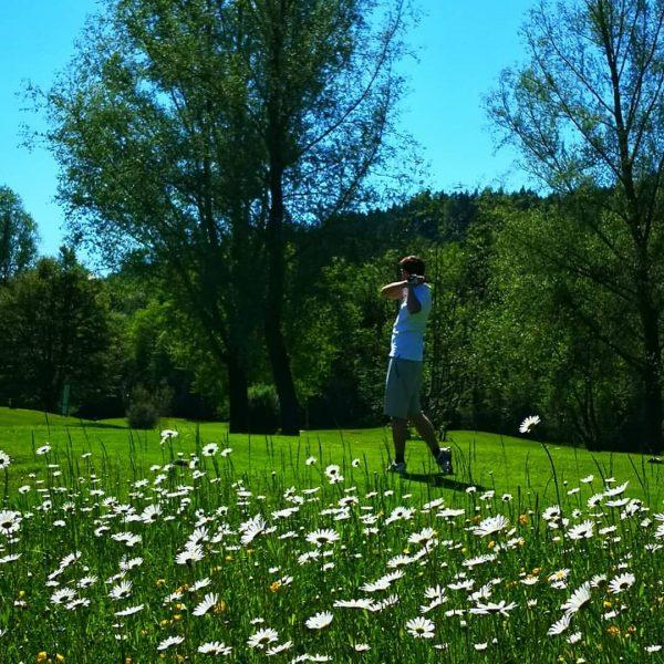 info@golf-bregenzerwald.com www.golf-bregenzerwald.com Tel. 00435513 8400 WhatsApp +43 663 06430418 Riefensberg, Vorarlberg, Austria