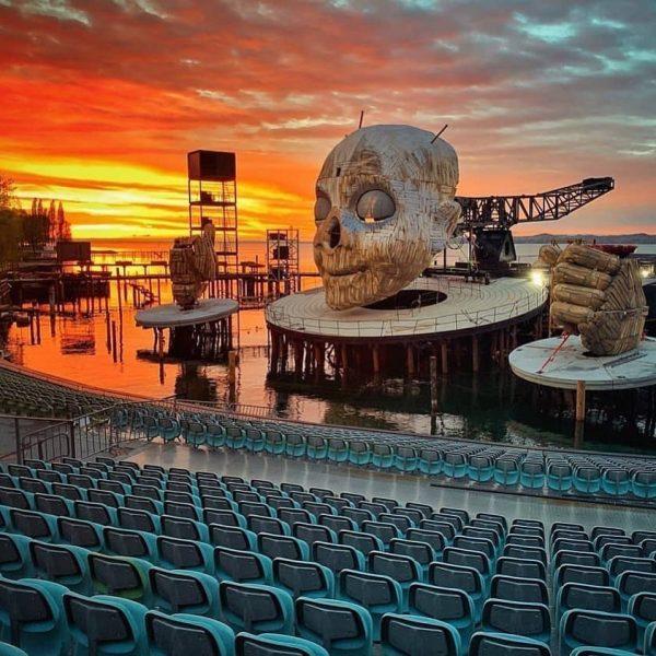 Bald eröffnen die Bregenzer Festspiele mit dem einzigartigen Spiel auf der Seebühne 😍 ...