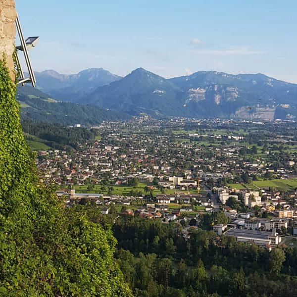Sonnigen Start ins Wochenende #bregenz #bodensee4u #visitvorarlberg #travelwithme #reiseliebe #❤🍀🍓 #travelpics #austria #vorarlberg ...