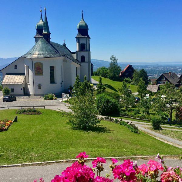 Traumhafter Ausblick #mesmerhaus #bildstein #bodensee #lakeofconstance #vorarlberg #austria #luxuryapartment #ambiente #design #auszeit #timeout ...