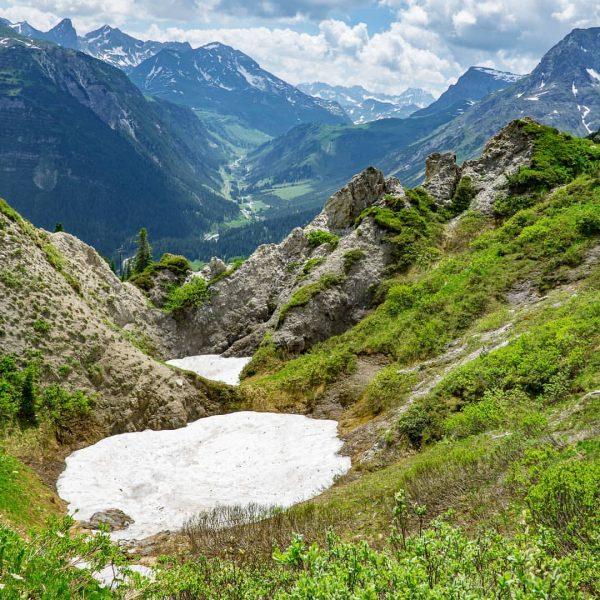 Gipslöcher in Lech am Arlberg #lech #lechamarlberg #lechzuers #alpen #mountains #alps #alpenliebe #arlberg ...