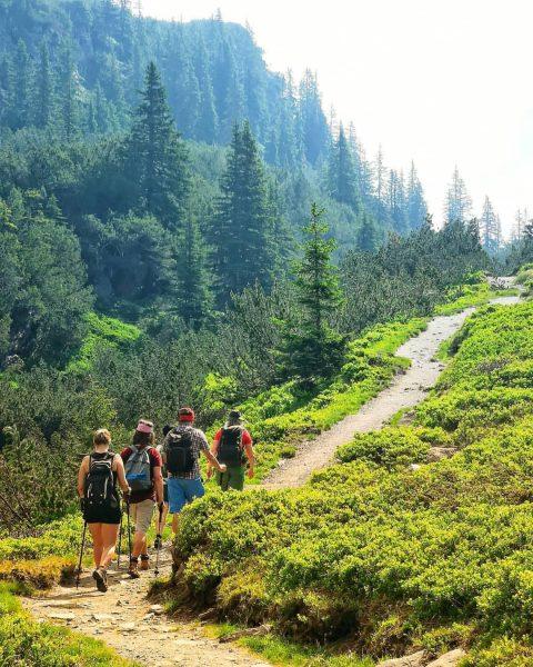 Niks dan stilte en rust tijdens onze hike naar de Wiegensee, middenin het ...