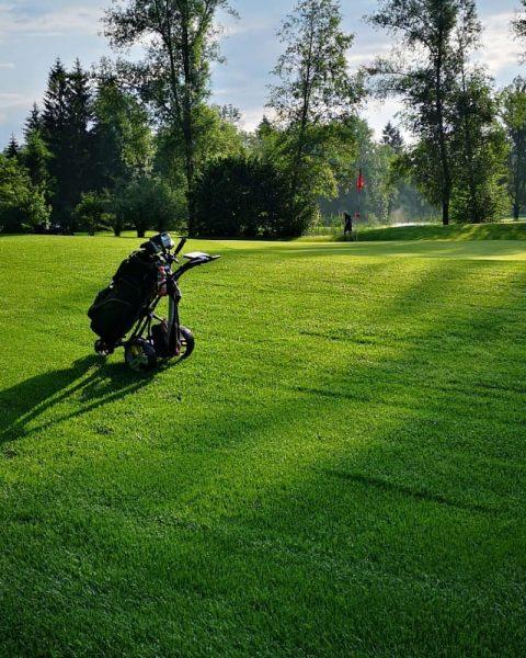 ⛳ #GolfParkBregenzerwald #riefensberg #oberstaufen #allgäu #bregenzerwald #green #golfmachtspaß #golf #sport #fun #summer #outdoor Riefensberg, Vorarlberg, Austria