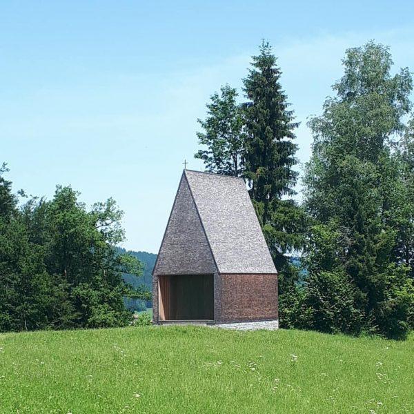 A stunning masterpiece: Chapel Salgenreute by Bernardo Bader Architects #kapellesalgenreute #bernardobaderarchitects #krumbach #vorarlberg ...