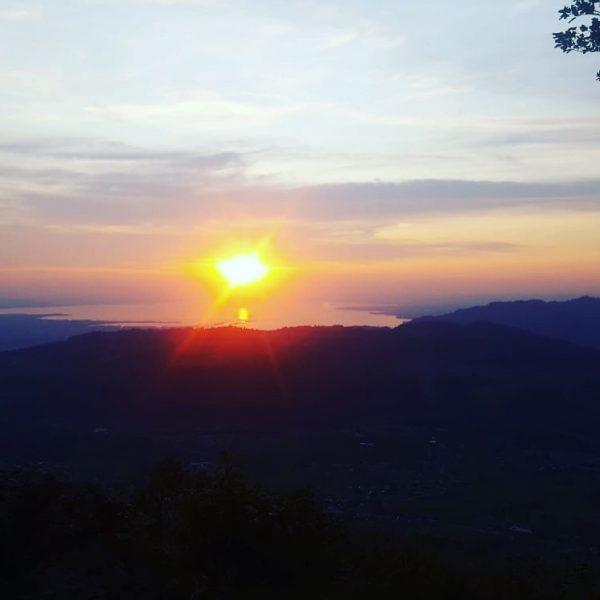 #brüggelekopf #alberschwende #bregenzerwald #sun #sunset #holiday #lakeofconstance #bodensee #landscape #landscapephotography #hiking #visitbregenzerwald #visitvorarlberg ...