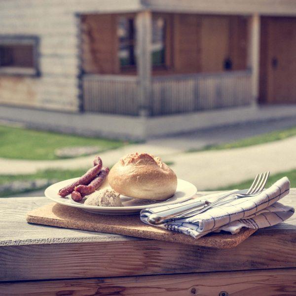 So lässt es sich gemütlich in die Woche starten #Mahlzeit #casalpin #brand #brandnertal ...