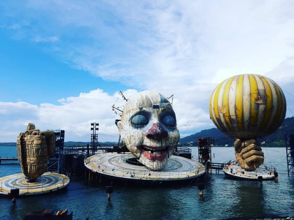 amazing... #berghofschroecken...visit the #bregenzerfestspiele #guiseppeverdi #rigoletto #bregenz #schröcken #breathtaking #culture #beautiful #special #cool ...