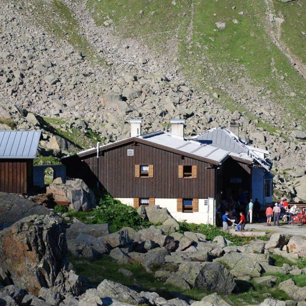 🏠 Montafoner Hütten #9 Heute wartet bei unseren Hütten ein Geheimtipp auf Dich: ...