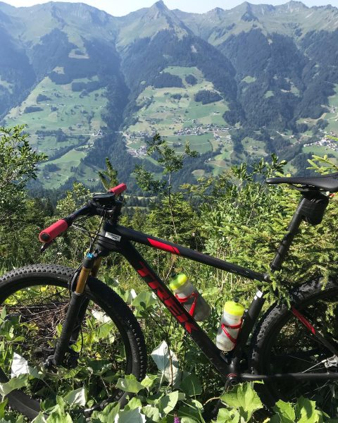 Out testing the mountain Legs 🏔🇦🇹😅. #hotday #austria #voralberg #raggal #vacation #summer #ucimarathonseries ...