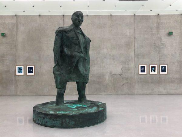 Thomas Schütte Männer im Wind up to 6. October #kunsthausbregenz #thomasschütte #sculpture #mustsee ...